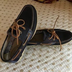 EUC Sperry Koifish Core boat shoes Size 8
